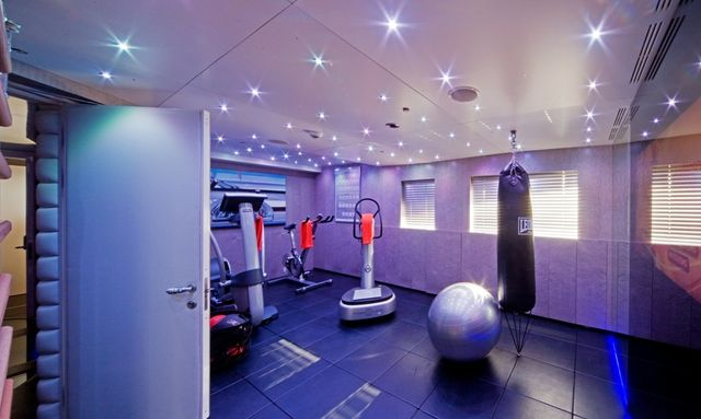 10 Top Gyms On Board Charter Yachts