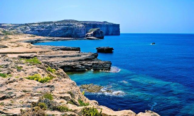 Insider's Tips on Chartering a Superyacht in Malta