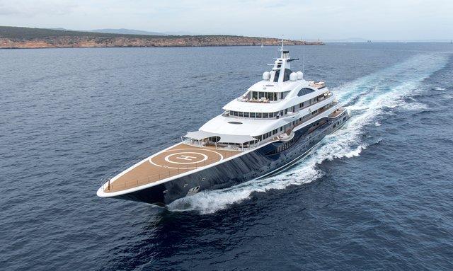Luxury yacht TIS underway in the Mediterranean