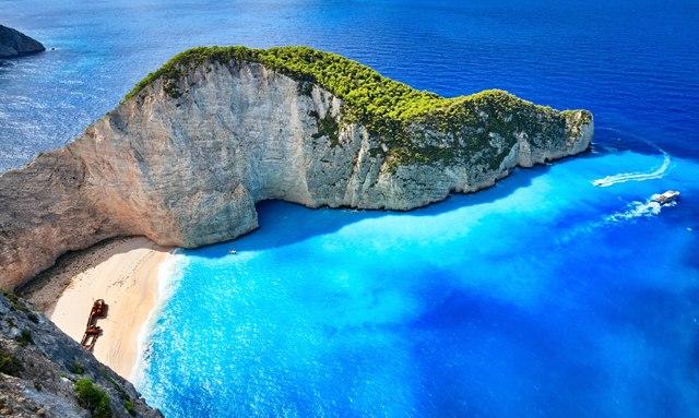 Greece Enjoys Successful Charter Season