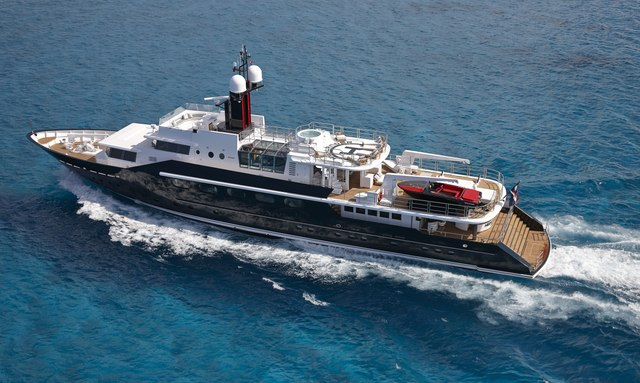 Special Christmas deal with M/Y HIGHLANDER in the Caribbean