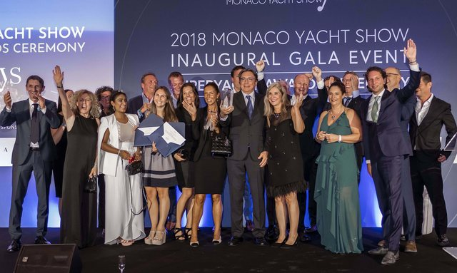 Oceanco M/Y DAR wins two awards at MYS 2018