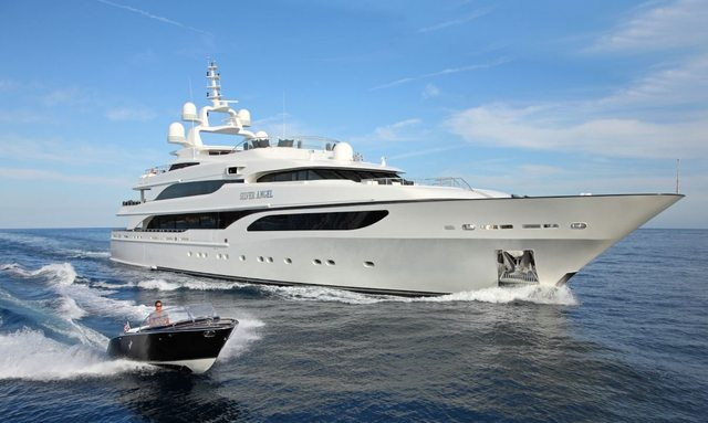 M/Y 'Silver Angel' offers reduced rates in the Bahamas