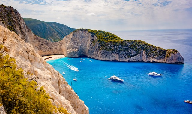 New regulation on yachts chartering in Greece to go ahead