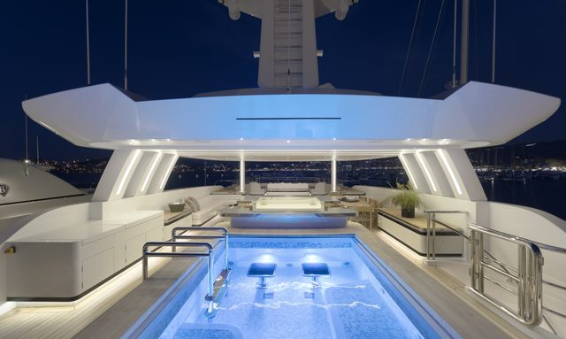 M/Y 'Liquid Sky' available to charter over the holidays in the Caribbean