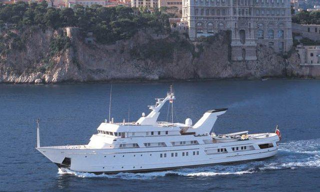 Charter yacht ESMERALDA cruiing in the Mediterranran