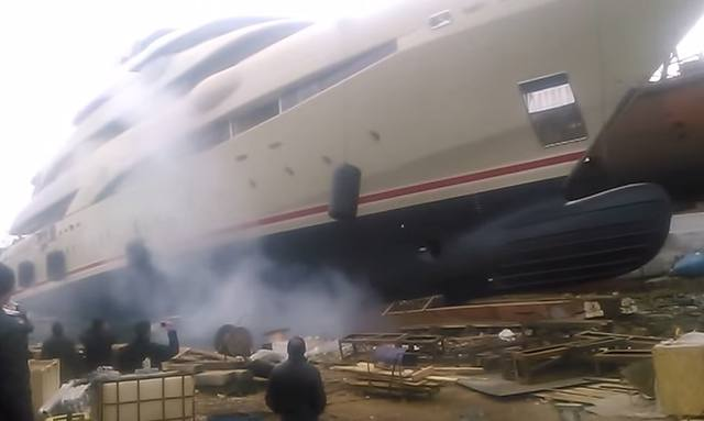 Superyacht O'Pari 3 launched
