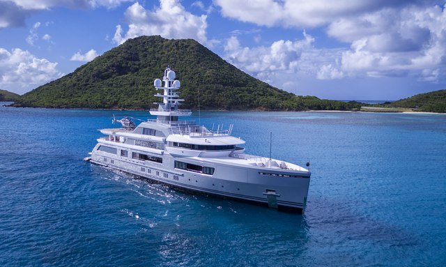 M/Y CLOUDBREAK offers special Madagascar experience