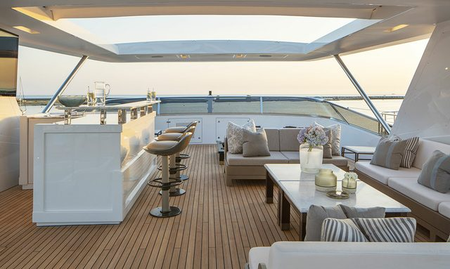 sundeck on rania yacht
