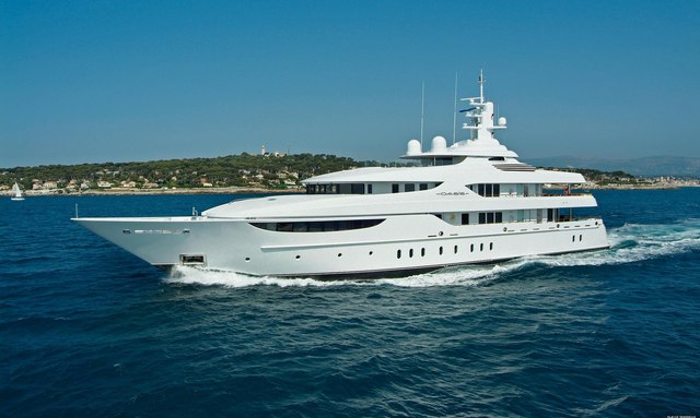 Charter Yacht OASIS in the Caribbean