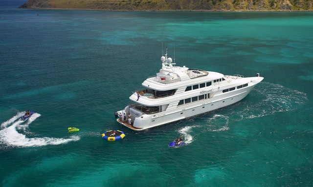 M/Y 'Nicole Evelyn' available for New Year's in the Bahamas