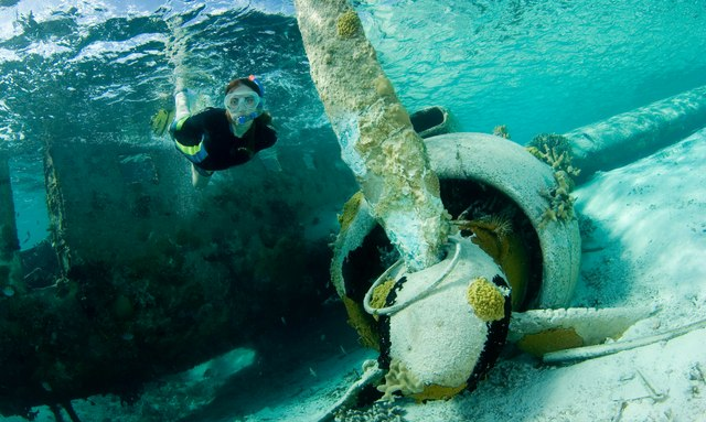 The Staniel Cay Plane Wreck