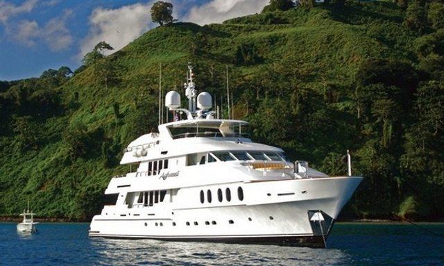Motor Yacht 'I LOVE THIS BOAT' Joins Charter Fleet