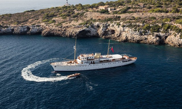 Classic M/Y SHEMARA Yacht for Charter