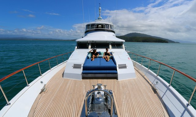 M/Y BAHAMA Opens for Great Barrier Reef Charters