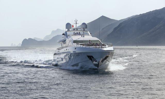 Superyacht MOONRAKER Joins the Charter Fleet