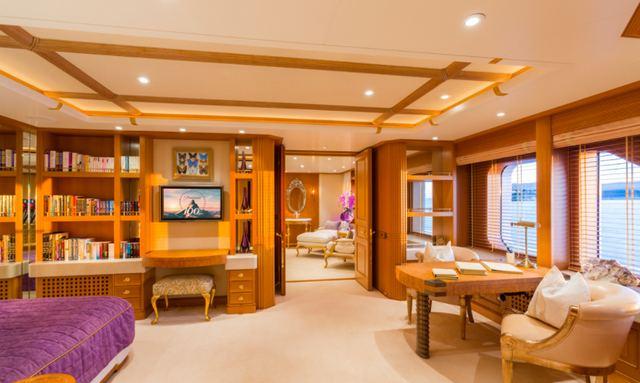Impressive owner's suite on Callisto