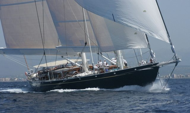 Charter S/Y Athos in Greenland