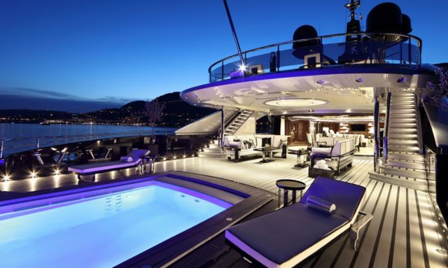 Enormous aft deck infinity pool on Okto