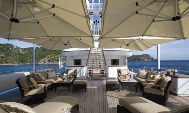 Panoramic duplex sun deck on Utopia
