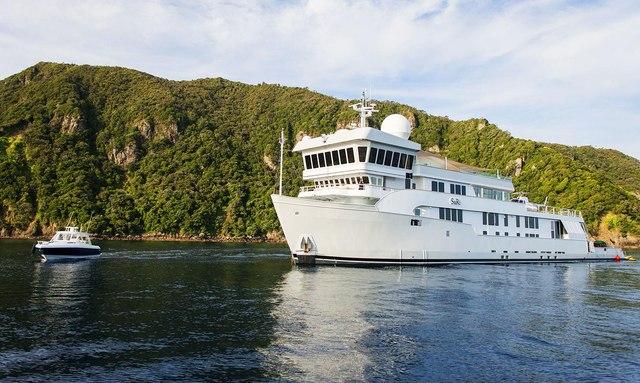 Charter Yacht SURI Provides Aid To Saint Martin