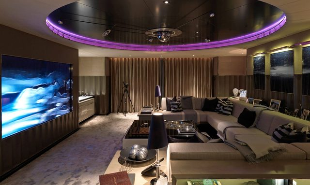 State-of-the-art media room on Sealyon