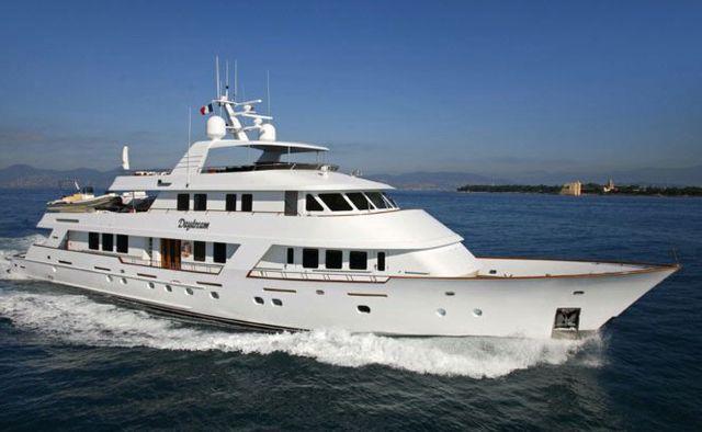 Daydream yacht charter Christensen Motor Yacht