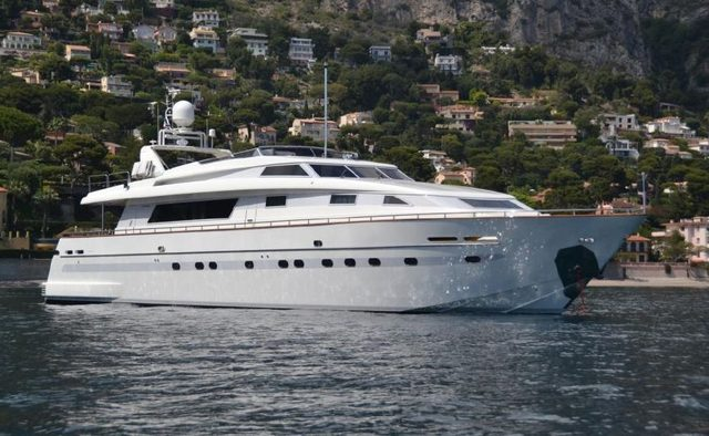 Solona yacht charter Sanlorenzo Motor Yacht