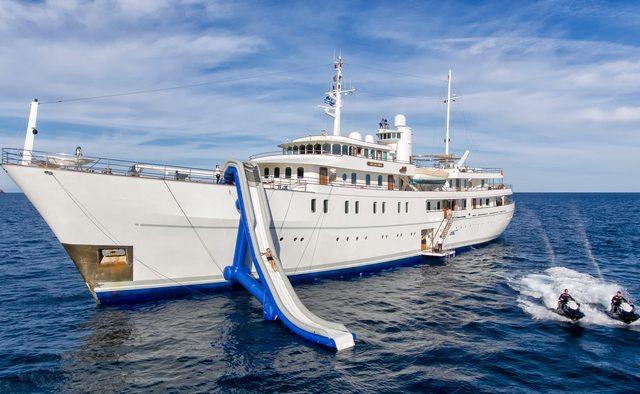 Sherakhan yacht charter Vuyk Motor Yacht