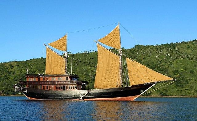 Alila Purnama yacht charter Custom Sail Yacht