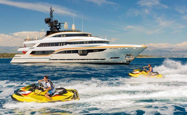 Taiba yacht charter Columbus Yachts Motor Yacht