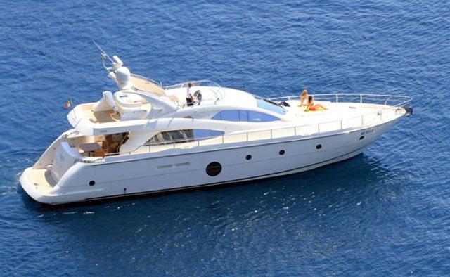 Gaffe yacht charter Aicon Motor Yacht