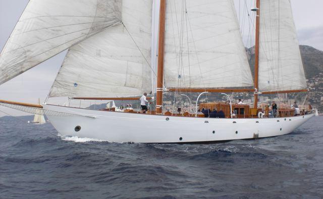 Aries yacht charter Camper & Nicholsons Sail Yacht