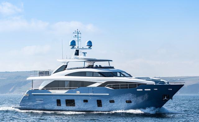 Hallelujah yacht charter Princess Motor Yacht
