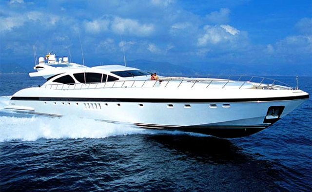 Voyage yacht charter Overmarine Motor Yacht