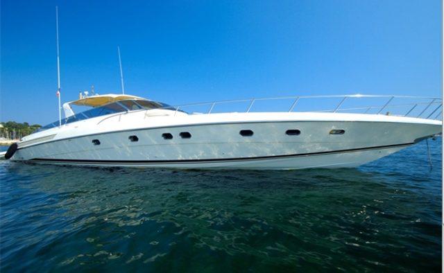 Diversion yacht charter Baia Yachts Motor Yacht