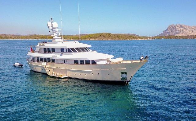 Soprano yacht charter Hakvoort Motor Yacht