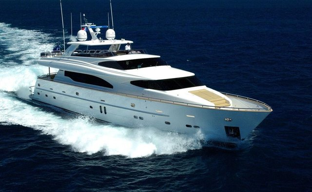 Triple 888 Yacht Charter in Whitsundays
