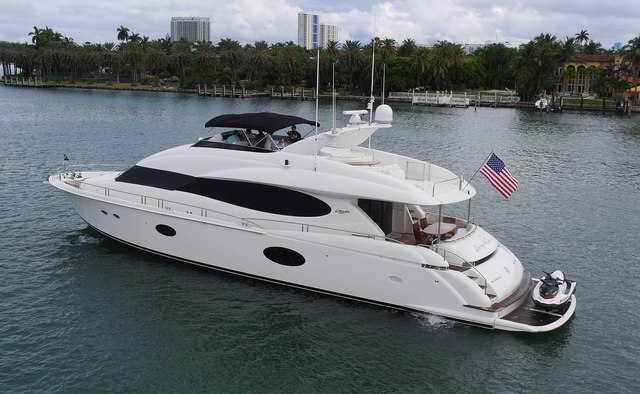 Living the Dream yacht charter Lazzara Motor Yacht
