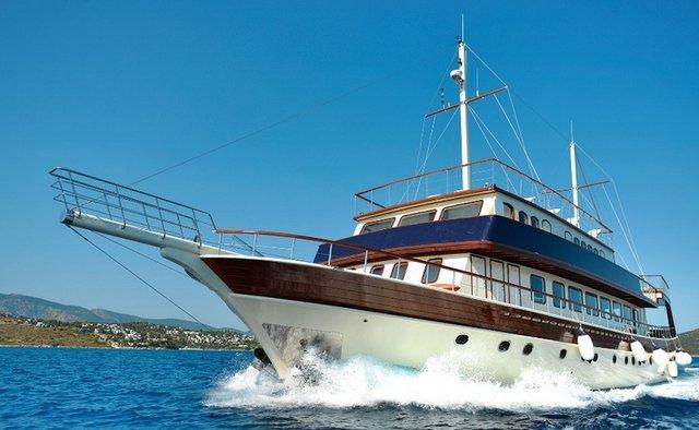 B&B 2 Yacht Charter in Alonissos