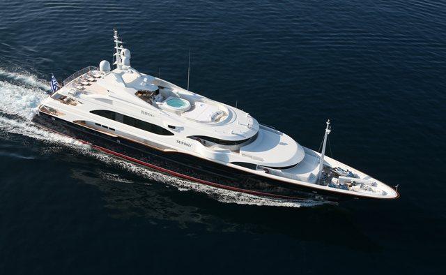 Sunday yacht charter Benetti Motor Yacht