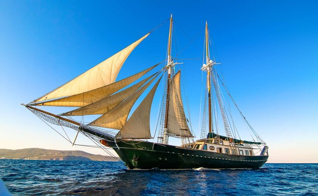 Arktos yacht charter Blue Trend Yachts Motor/Sailer Yacht
