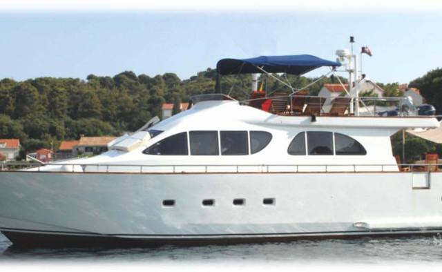 Lola II yacht charter Unknown Motor Yacht