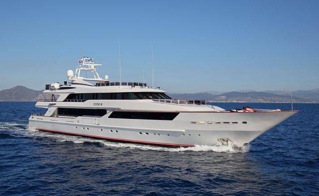 Code 8 yacht charter Benetti Motor Yacht