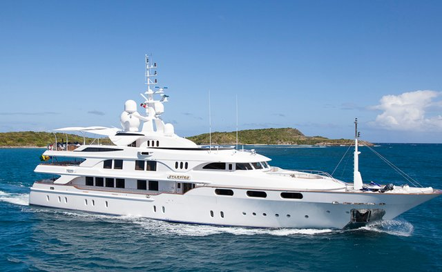 Starfire Yacht Charter in Central America