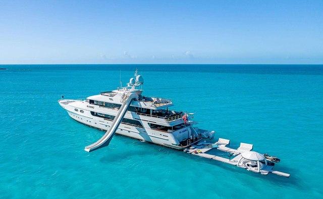 Mi Amore yacht charter Christensen Motor Yacht
