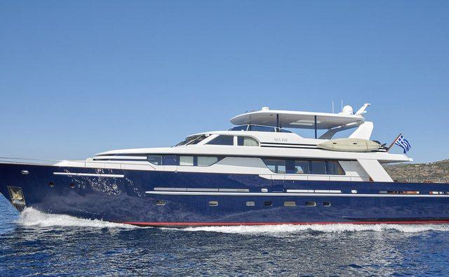 Mia Zoi yacht charter Vitters Motor Yacht