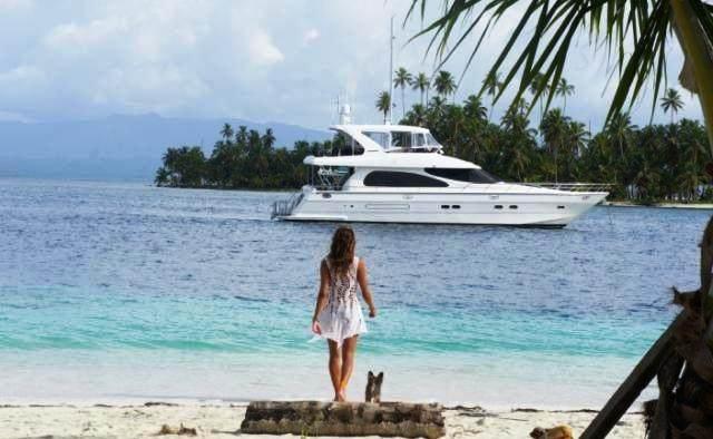 Lady Margaret yacht charter Horizon Motor Yacht
