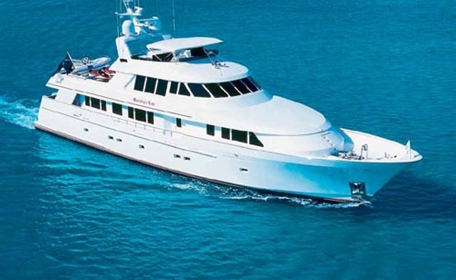 Murphy's Law charter yacht exterior designed by Delta Design Group