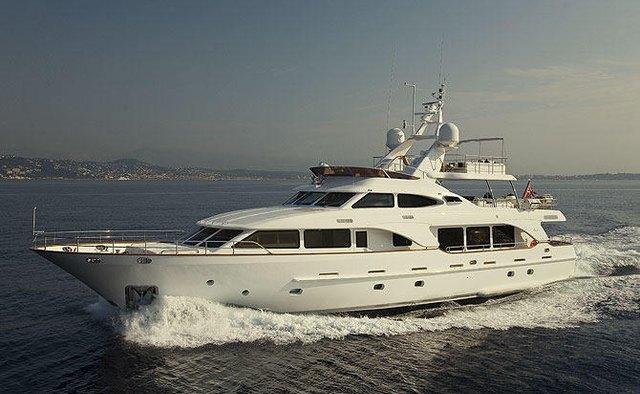 Salu yacht charter Benetti Motor Yacht